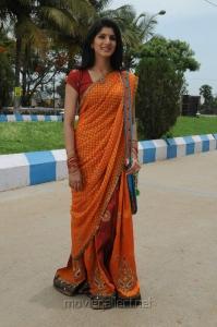 Actress Joshna in Kai Tamil Movie Pictures