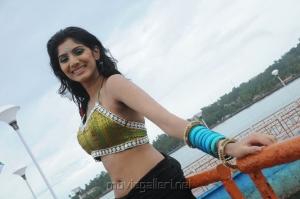 Actress Joshna Hot Stilsl n Kai Tamil Movie