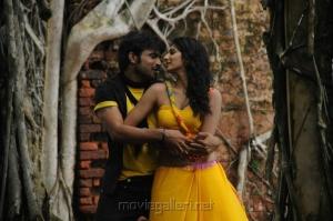 Vijith, Joshna in Kai Tamil Movie Pictures