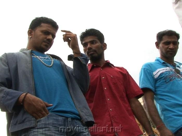 Kaithiyin Agarathi Movie Stills