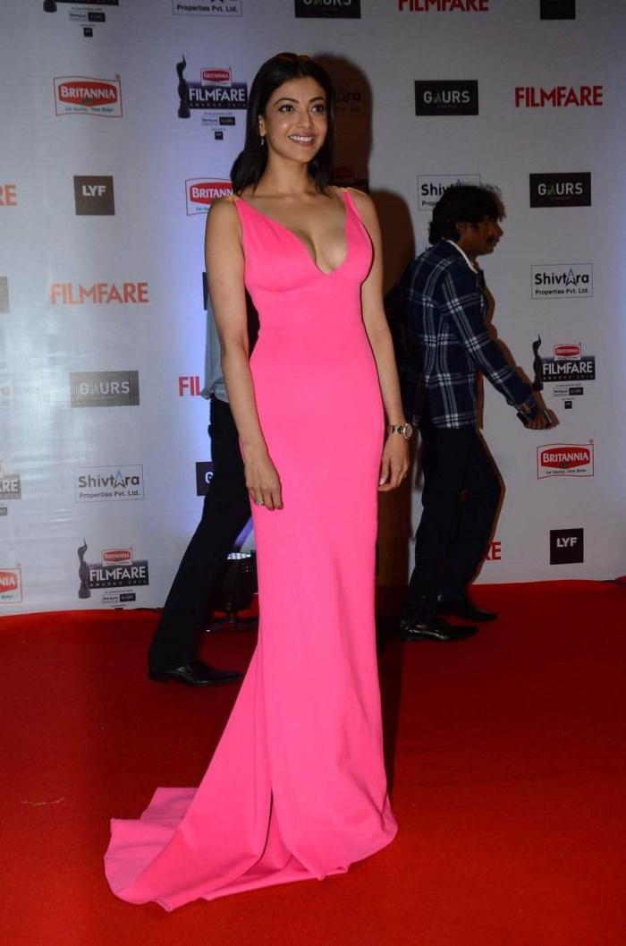 Actress Kajal Agarwal Hot Stills @ Filmfare Awards 2016 Function