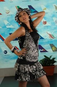 Binami Velakotlu Actress Kajal Agarwal Hot Photos