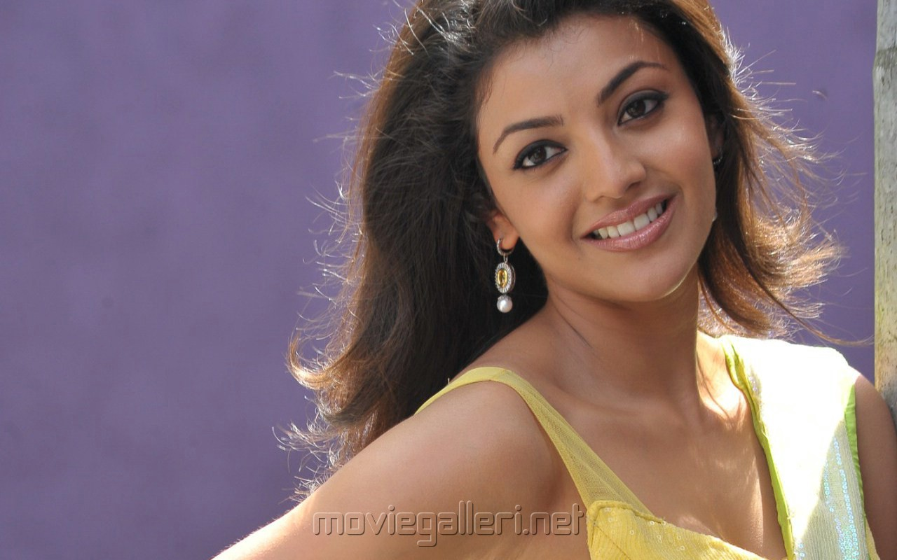 Picture 186940 | Kajal Agarwal Wallpapers in Businessman ...