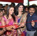 Kajal Agarwal & Deeksha Seth launches Kalamandir Showroom