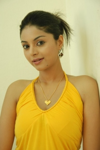 Actress Sanam Shetty in Kalaivendhan Movie Stills
