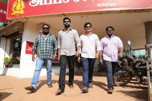 Robo Shankar, Arulnithi, Jiiva, Bala Saravanan in Kalathil Santhipom Movie Stills