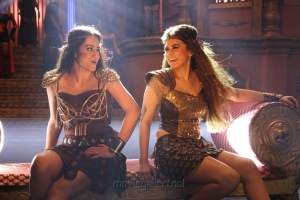 Trisha Krishnan, Hansika Motwani in Kalavathi Movie Stills