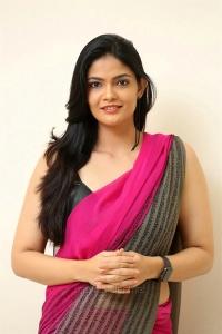 Actress Kalpika Ganesh Latest Pics HD @ Padi Padi Leche Manasu Pre Release
