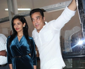 Pooja Kumar & Kamal Haasan at the Vishwaroop Press conference
