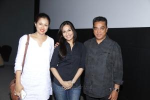 Kamal, Gauthami watches Kochadaiyaan Premiere Show Photos