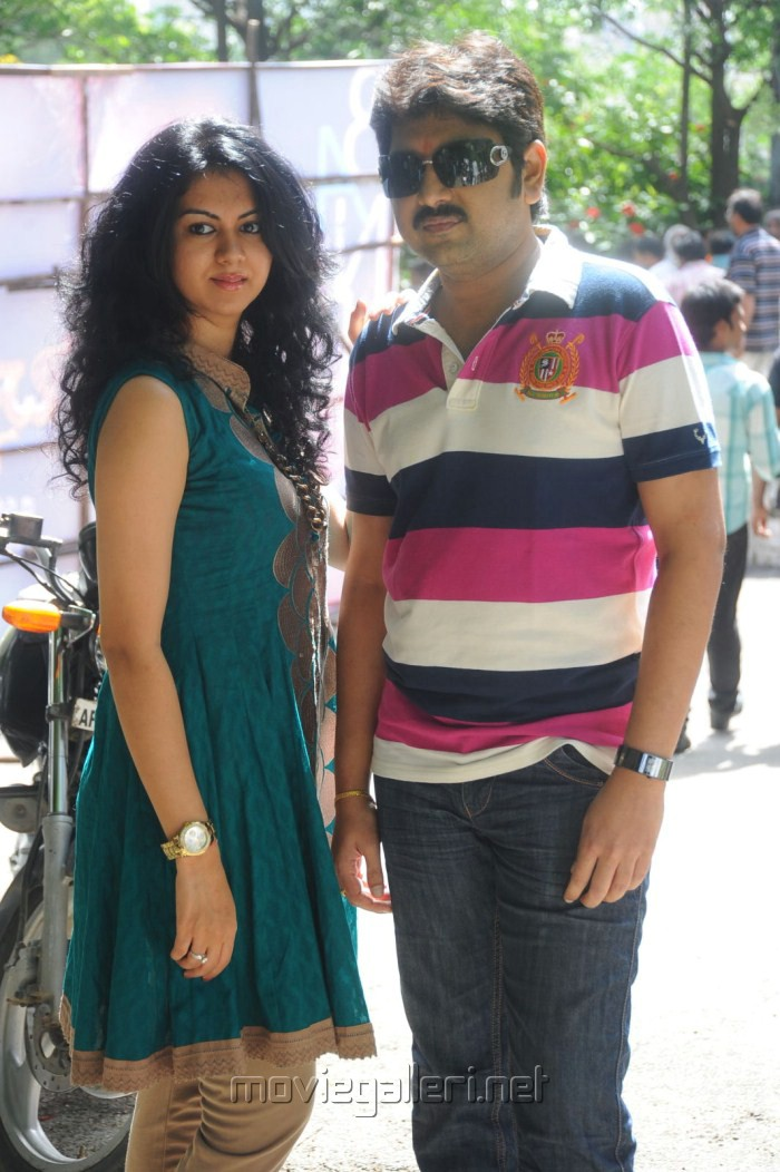 Band Balu Movie Kamalakar & Kamna Jethmalani Stills