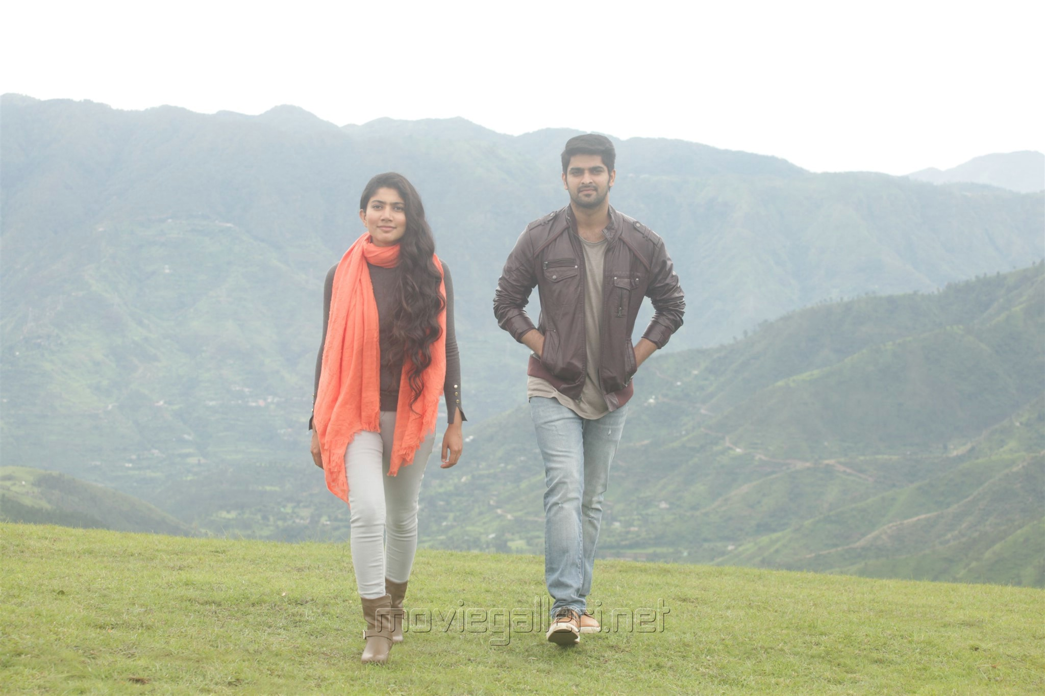 Sai Pallavi, Naga Shaurya in Kanam Movie Stills HD