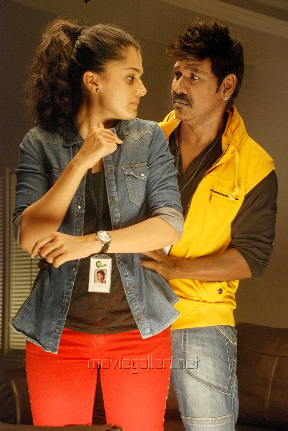 Taapsee, Lawrence in Kanchana 2 Movie Photos