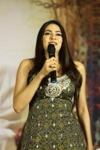 Actress Nikki Tamboli @ Kanchana 3 Movie Success Meet Photos