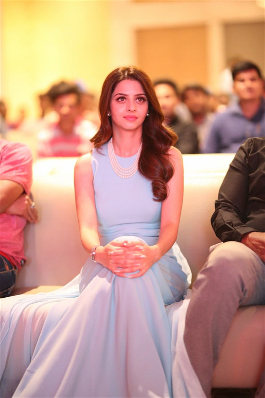 Actress Vedhika @ Kanchana 3 Pre Release Event Stills