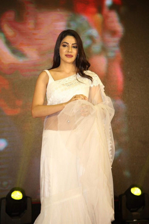 Actress Nikki Tamboli @ Kanchana 3 Pre Release Event Stills