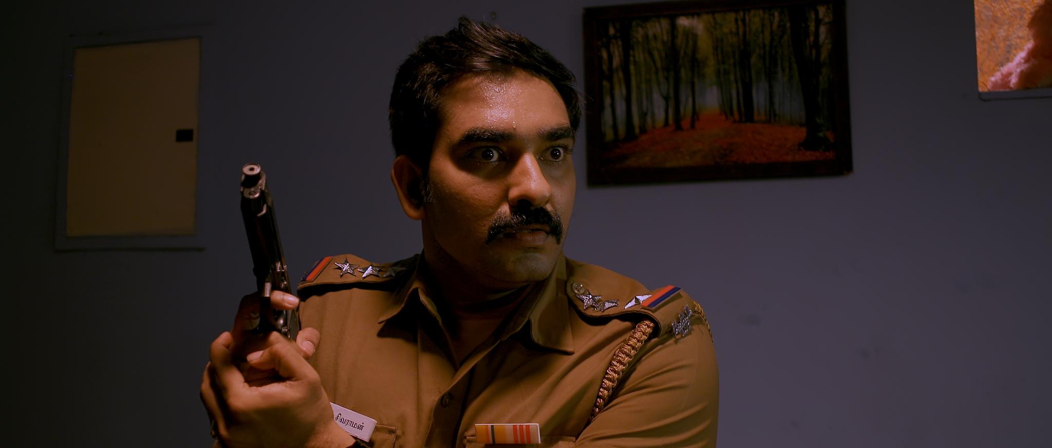 Sathyaram in Kandathai Padikathe Movie Stills