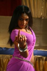 Kandathum Kanathathum Movie Hot Stills