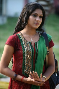 Actress Swasika in Kandathum Kanathathum Movie Stills