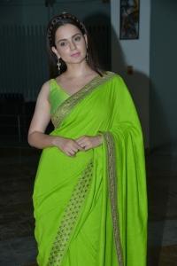 Thalaivi Movie Heroine Kangana Ranaut Green Saree Pictures