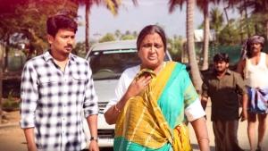 Udhayanidhi Stalin, Vadivukkarasi in Kanne Kalaimane Movie Images HD