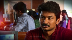 Hero Udhayanidhi Stalin in Kanne Kalaimane Movie Images HD