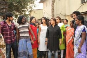 Subhiksha, Aishwarya Dutta, Varalaxmi, Ashna Zaveri in Kannitheevu Movie Photos
