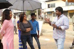 Subhiksha, Varalaxmi, Sundar Balu in Kannitheevu Movie Photos