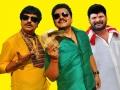 Vivek, Karan, Ganja Karuppu in Kanniyum Kaalaiyum Sema Kadhal Latest Stills