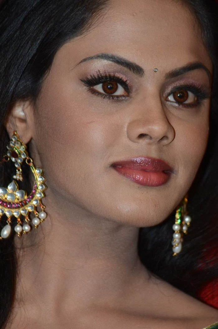 Karthika Nair Cute Stills