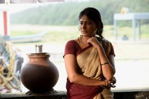 Actress Vijayalakshmi in Kasada Thapara Movie Images HD