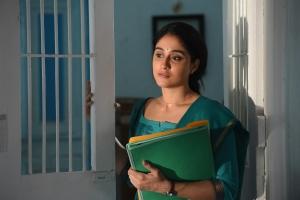 Kasada Thapara Movie Actress Regina Cassandra Images HD