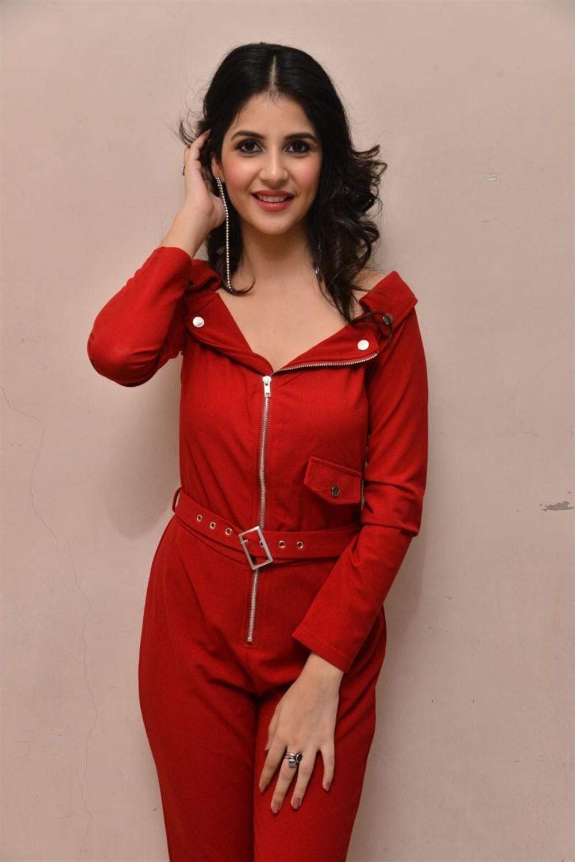 Actress Kashish Vohra Images @ 1st Rank Raju Teaser Launch