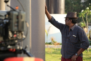 Director R.Parthiban in Kathai Thiraikathai Vasanam Iyakkam Movie Working Stills