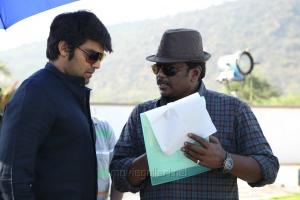 Arya, R.Parthiban @ Kathai Thiraikathai Vasanam Iyakkam Movie Working Stills