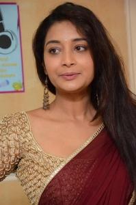 Actress Bhanu Sri @ Kathi Lanti Kurradu Movie Opening Stills