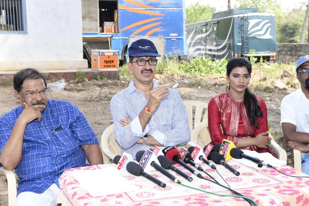 KS Rama Rao, Bhimaneni Srinivasa Rao, Aishwarya Rajesh @ Kausalya Krishnamurthy Cricketer Movie Opening Stills