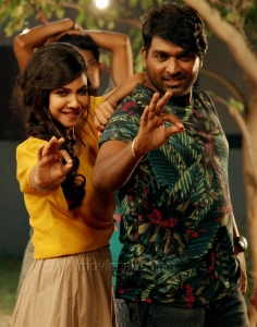 Madonna, Vijay Sethupathi in Kavan Movie Latest Stills