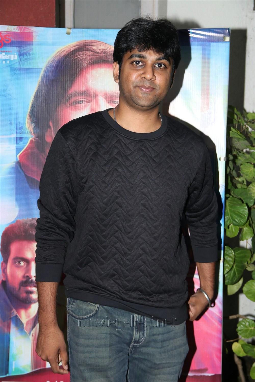 Kabilan Vairamuthu @ Kavan Movie Press Meet Stills