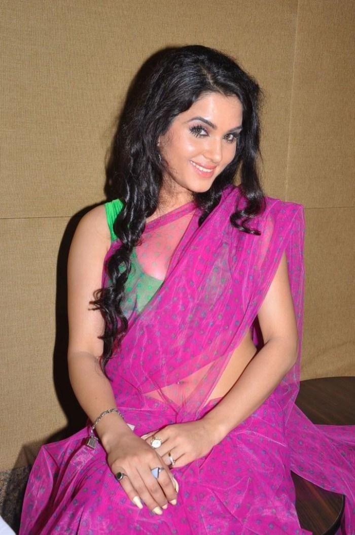 Kavya Singh Pink Saree Actress Kavya Singh in Saree