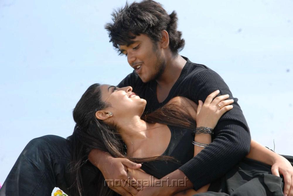 Disha Pandey, Ajmal Khan in Keeripulla Tamil Movie Hot Photos ...