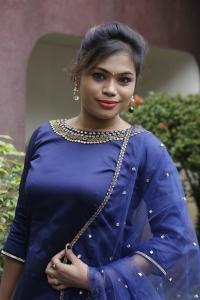 Divya @ Kelambitangaya Kelambitangaya Press Meet Photos