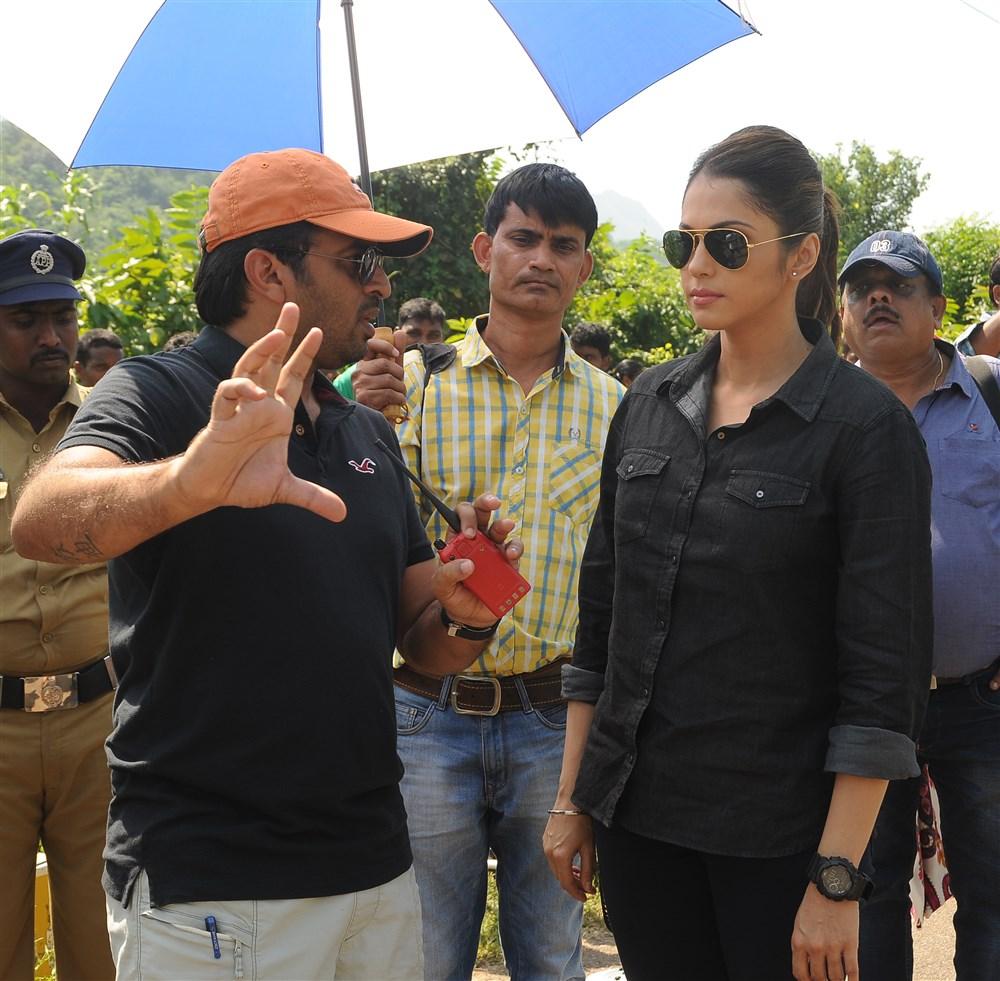 Sudheer Varma, Isha Koppikar @ Keshava Movie Working Stills