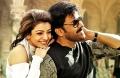 Kajal Agarwal, Chiranjeevi in Khaidi No 150 Movie Stills