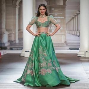 Actress Kiara Advani Hot Photos @ ICW 2018