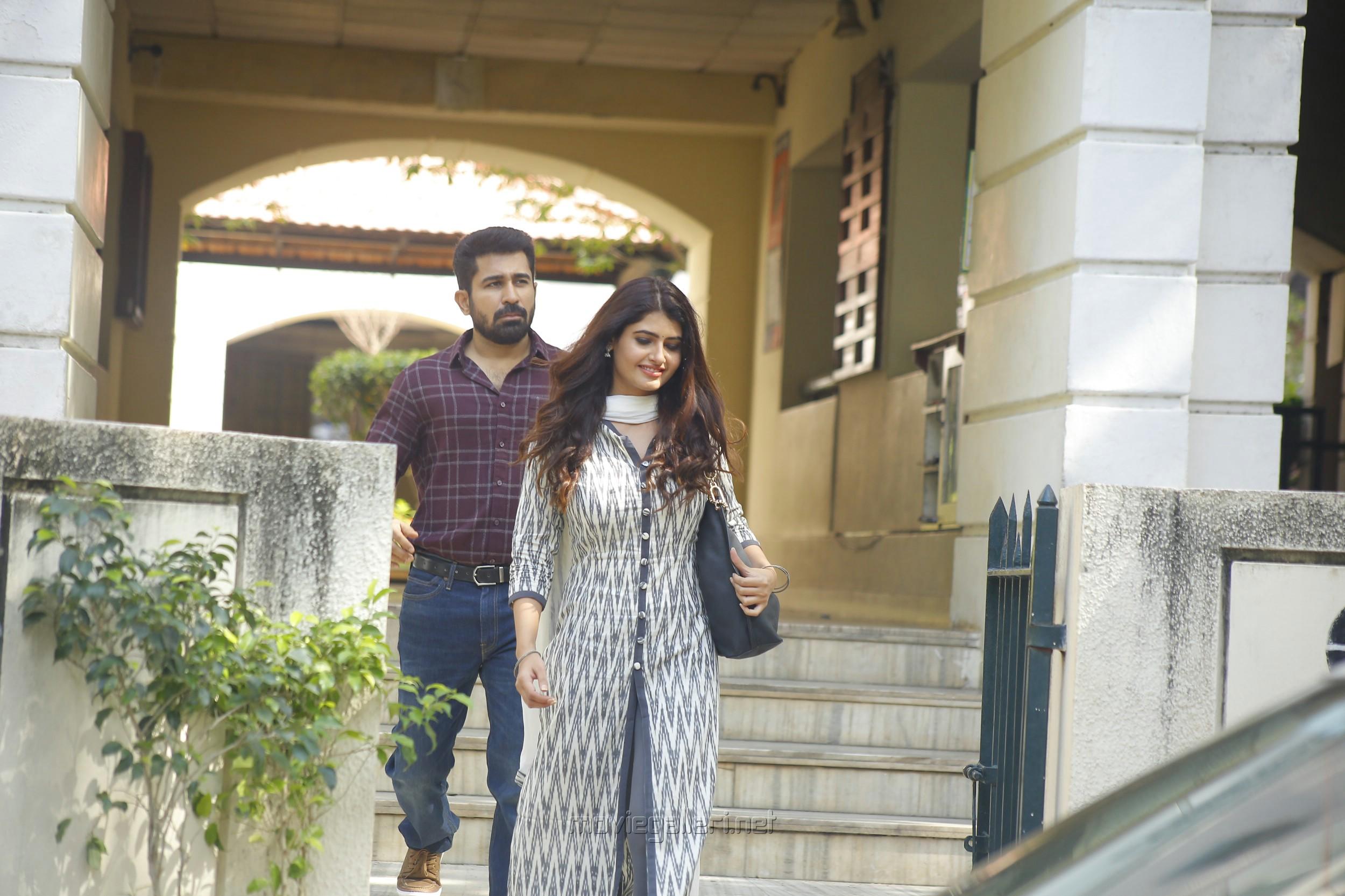 Vijay Antony, Ashima Narwal in Killer Movie Stills HD