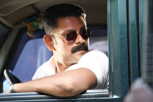 Actor Saravanan Subbiah in Kizhakku Chandu Kadhavu En 108 Movie Stills