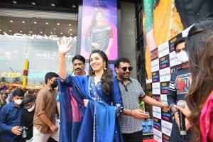 Actress Krithi Shetty Launches KLM Shopping Mall Gajuwaka Vizag Photos