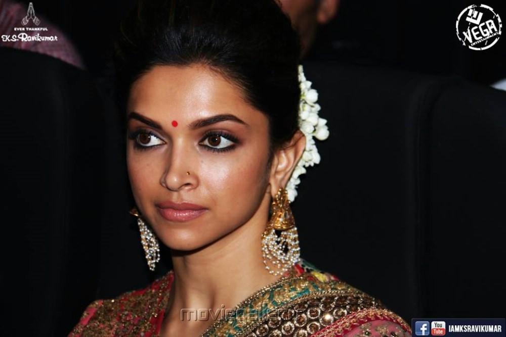 Picture 676413 | Actress Deepika Padukone @ Kochadaiyaan ...