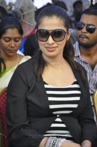 Lakhsmi Rai Protest for Sri Lankan Tamils Photos